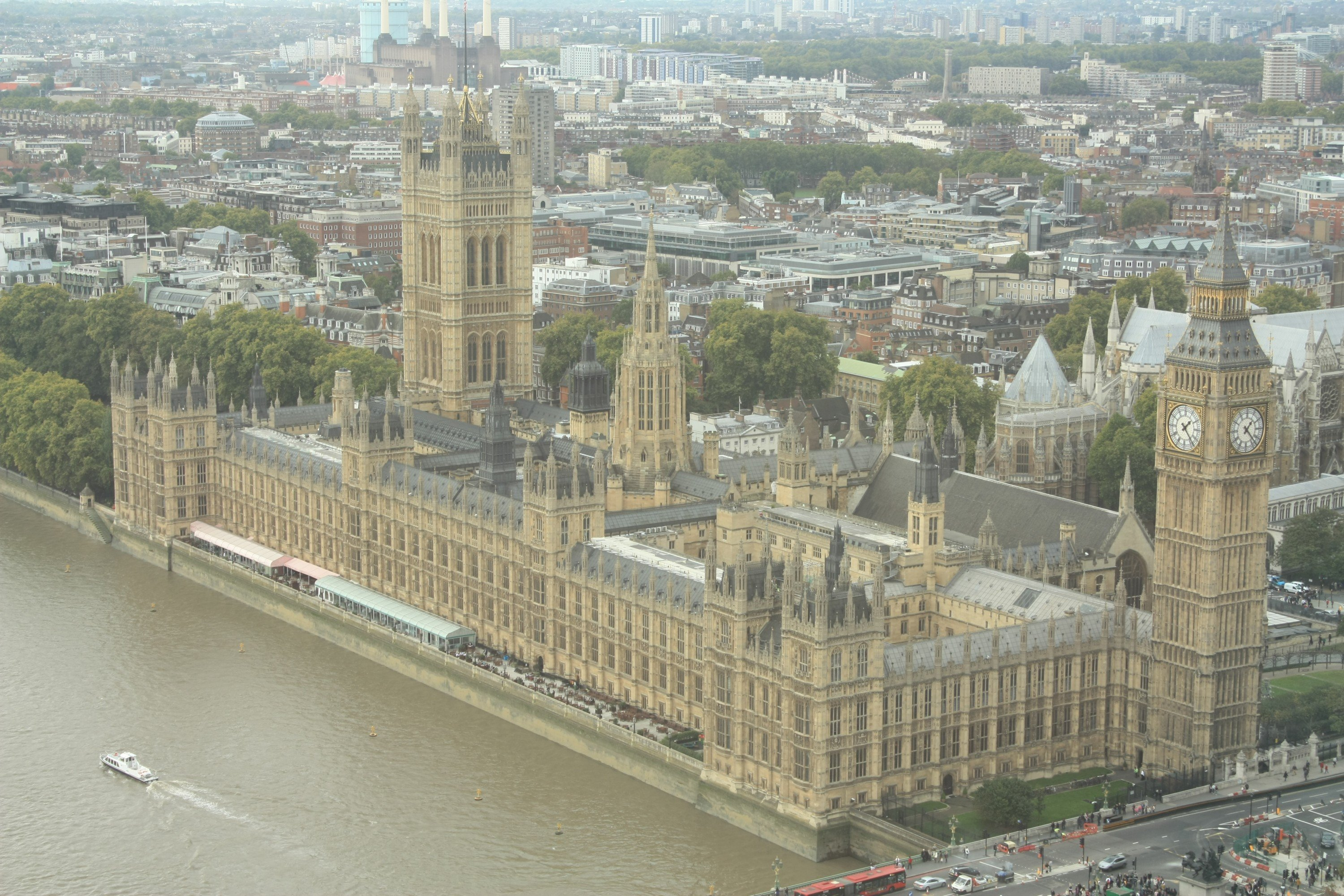 Houses of Parliament. UK MP's speech echoes Crisp Thinking in need for content moderation, social media moderation, online moderation. UGC moderation.