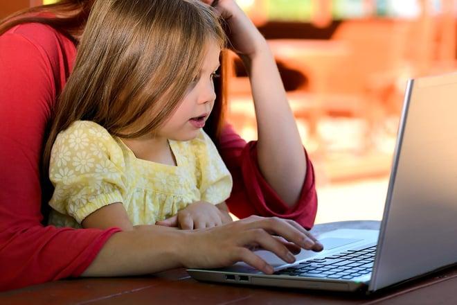 child-computer-cute-159848